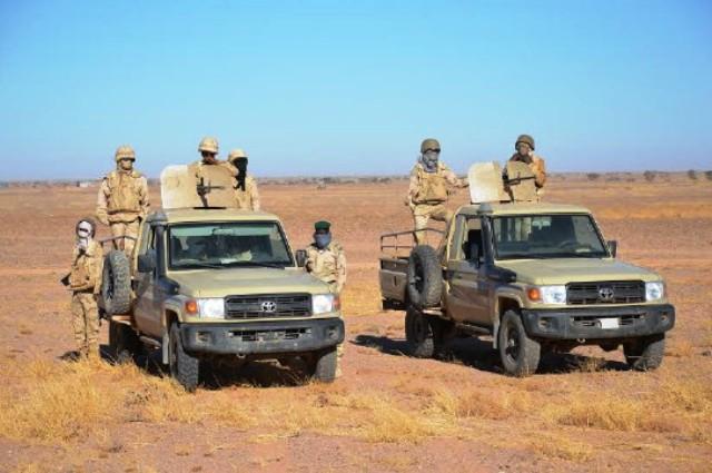 Interception en Mauritanie d'un véhicule chargé d'armes et de munitions venant de Tindouf