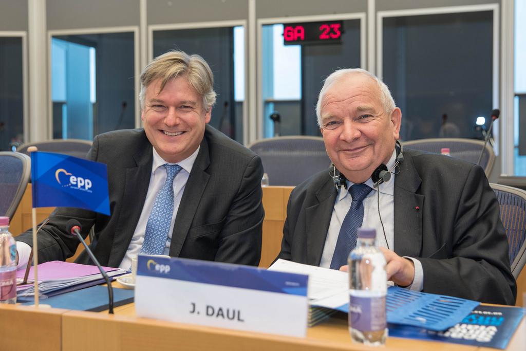 La direction du Parti populaire européen désavoue sa jeunesse sur le dossier du Sahara